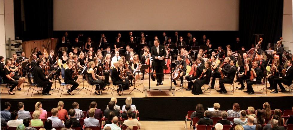 Orchester & Zuschauer
